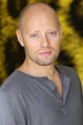 Aksel Hennie profil resmi