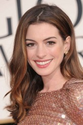 Anne Hathaway profil resmi