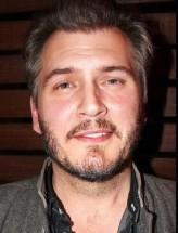 Christian Duguay (i) profil resmi