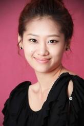 Hyun Jyu-ni