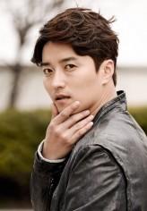 In Gyo-jin profil resmi