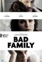 Kötü Aile (2010) afişi