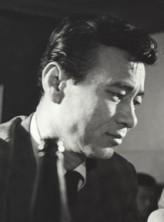 Kim Dong-won (i)