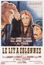 Le Lit à Colonnes