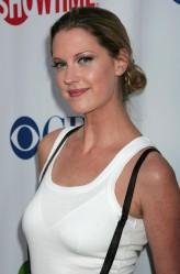 Lauren Lee Smith profil resmi