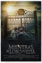 Mientras el Lobo No Está (2017) afişi