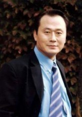 Park Pal-young profil resmi