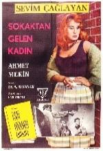 Sokaktan Gelen Kadın (ı) (1961) afişi