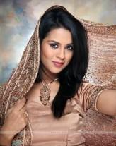 Sana Saeed profil resmi
