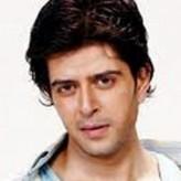 Vijay Bhatia profil resmi