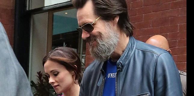 Jim Carrey'nin Eski Kız Arkadaşı İntihar Etti
