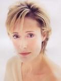 Caroline Goodall profil resmi