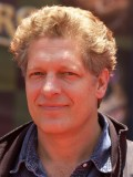 Clancy Brown profil resmi