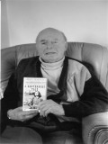 Erwin Hillier profil resmi