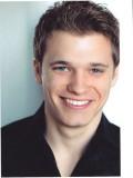 Karl Girolamo profil resmi