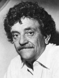 Kurt Vonnegut Jr. profil resmi
