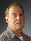Peter MacNeill profil resmi
