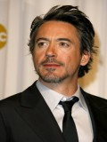 Robert Downey Jr. profil resmi