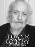 Robert Towne profil resmi