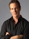Aaron Jeffery profil resmi
