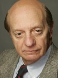 Basil Hoffman profil resmi