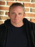 Dennis Lehane profil resmi