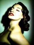 Esmé Bianco profil resmi