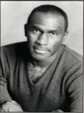 Harold Surratt profil resmi