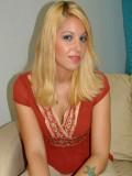 Hollie Stevens profil resmi