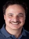 Isaac Schinazi profil resmi