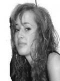 Julia Michels profil resmi
