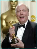 Julian Fellowes profil resmi