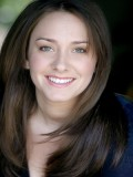 Julie Lynn profil resmi