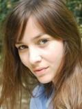 Louise-anne Hippeau profil resmi
