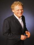 Mark Mitchell profil resmi