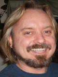 Michael Healey profil resmi