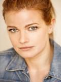 Mira Bartuschek profil resmi