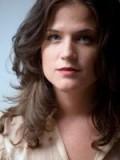 Renée Humphrey profil resmi