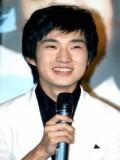 Ryu Duk Hwan profil resmi