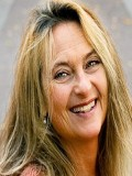 Suzanne Reuter profil resmi