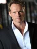 Tom Schanley profil resmi