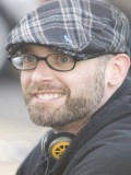 Troy Nixey profil resmi