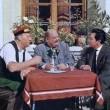 So Liebt Und Küsst Man In Tirol Resimleri