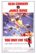 007 James Bond: İnsan İki Kere Yaşar (1967) afişi