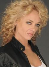 Lisa Robin Kelly profil resmi