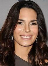 Nadine Velazquez profil resmi