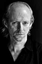 Ned Dennehy profil resmi
