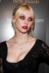 Taylor Momsen profil resmi