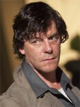 Tom McCamus profil resmi
