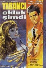 Yabancı Olduk Şimdi (1965) afişi